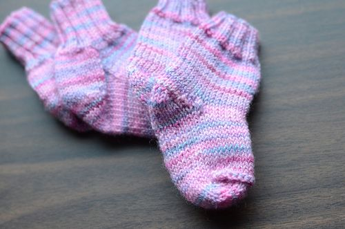 Knit_babysocks