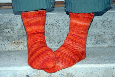 Simple_pumpkin_socks