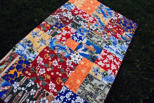 hawaiian print quilt